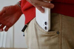 La ce iPhone neobisnuit lucreaza Apple
