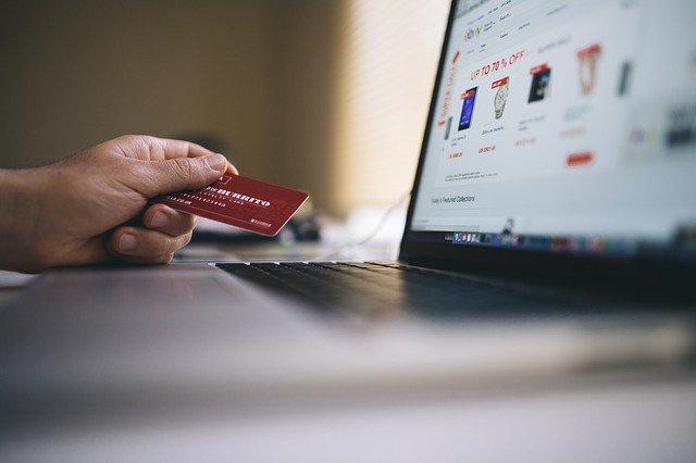Compania de carduri bancare care va adopta monede virtuale