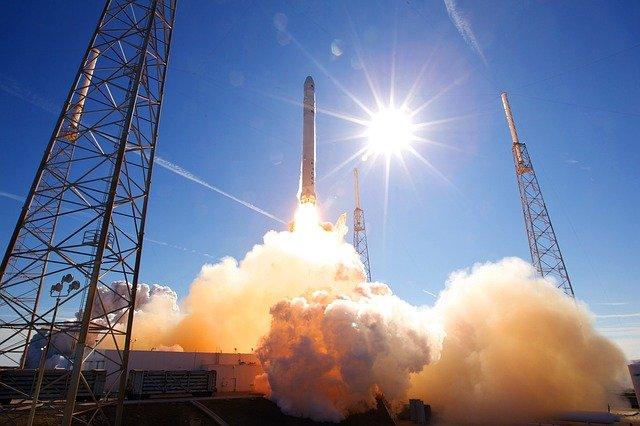 Compania spatiala care lanseaza primii civili in spatiu