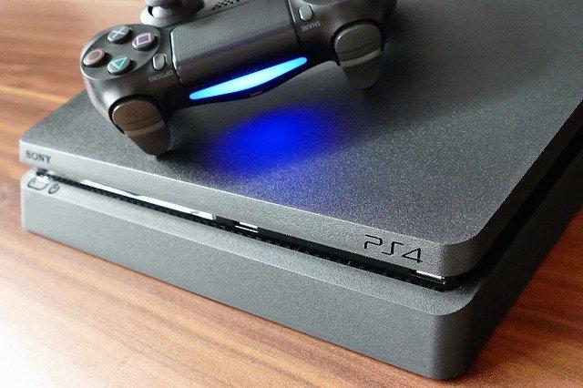 Cand se defecteaza consola de jocuri Sony PS4