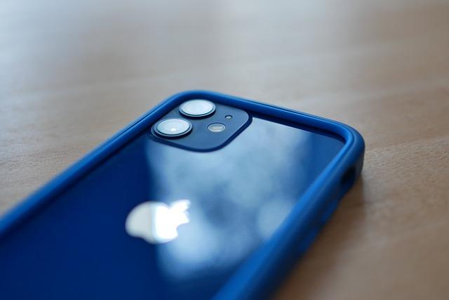 De ce iPhone 12 mini nu se vinde la nivelul sperat de Apple