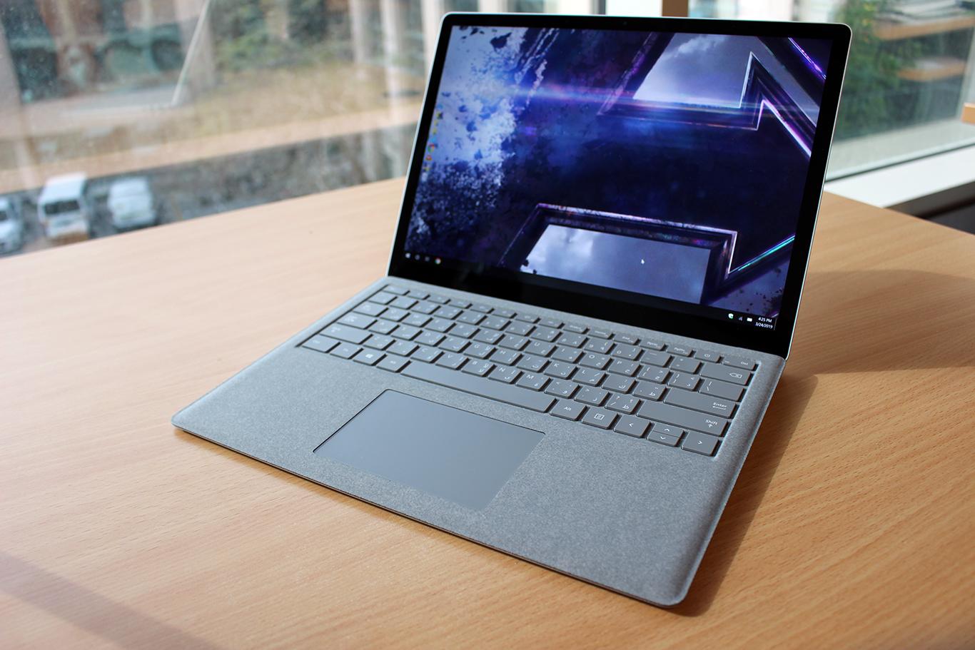 Procesoare de la care companii ar putea integra Surface Laptop 4 de la Microsoft