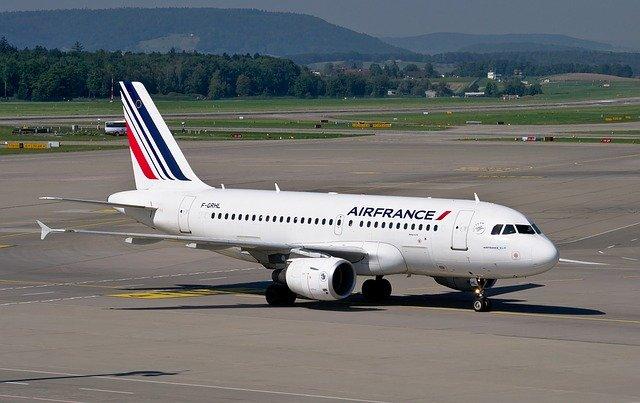 De ce Franta ar putea interzice anumite zboruri interne