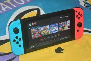Ce numar de locuinte au cumparat o a doua consola de jocuri Nintendo Switch in ultimul an