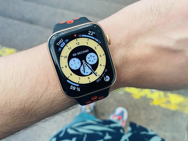 De ce Apple e acuzata de monopol cu smartwatch-ul Apple Watch