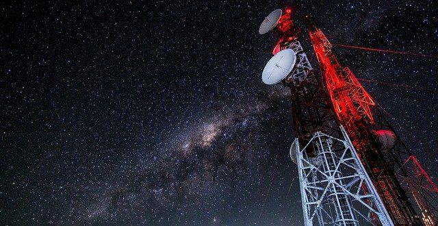 Acest smartphone capabil de apeluri prin satelit nu se va lansa probabil anul acesta