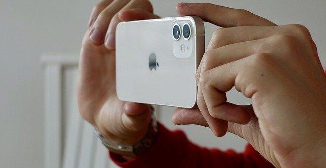 Nivelul de performanta al cipului A15 al Apple comparativ cu A14